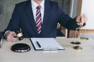 Notificación y ejecución de resoluciones judiciales De Miquel Procuradores y Asociados